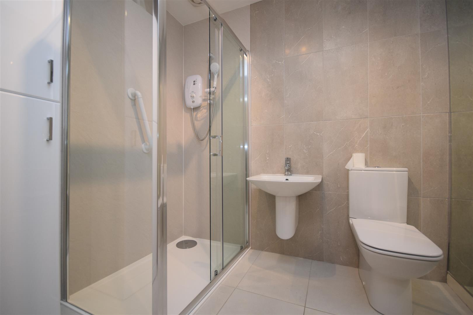 Flat F, 62, Tay Street, Perth, Perthshire, PH2 8NN, UK